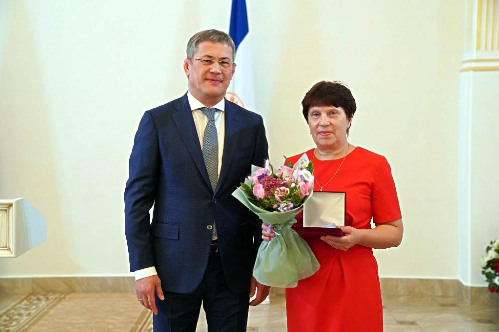 Государственные награды вручил глава Башкирии Радий Хабиров накануне Дня Республики